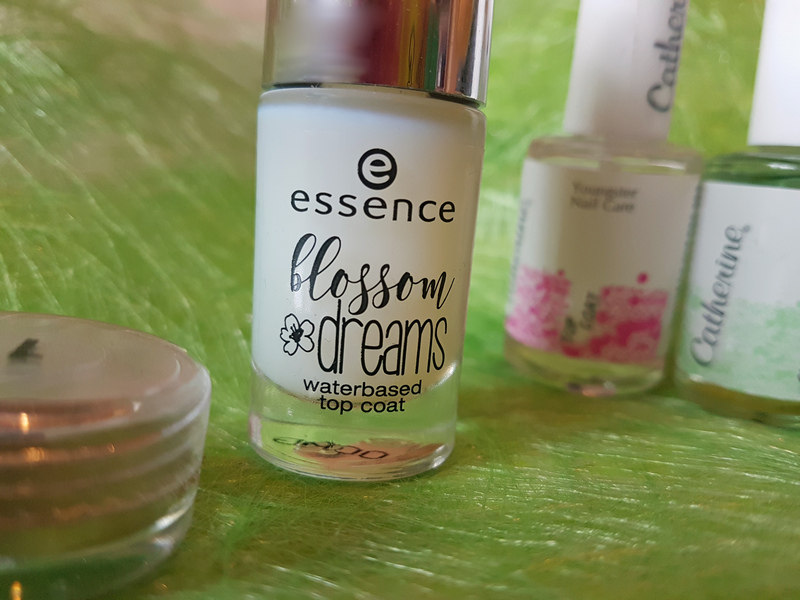 Essence blossom dreams