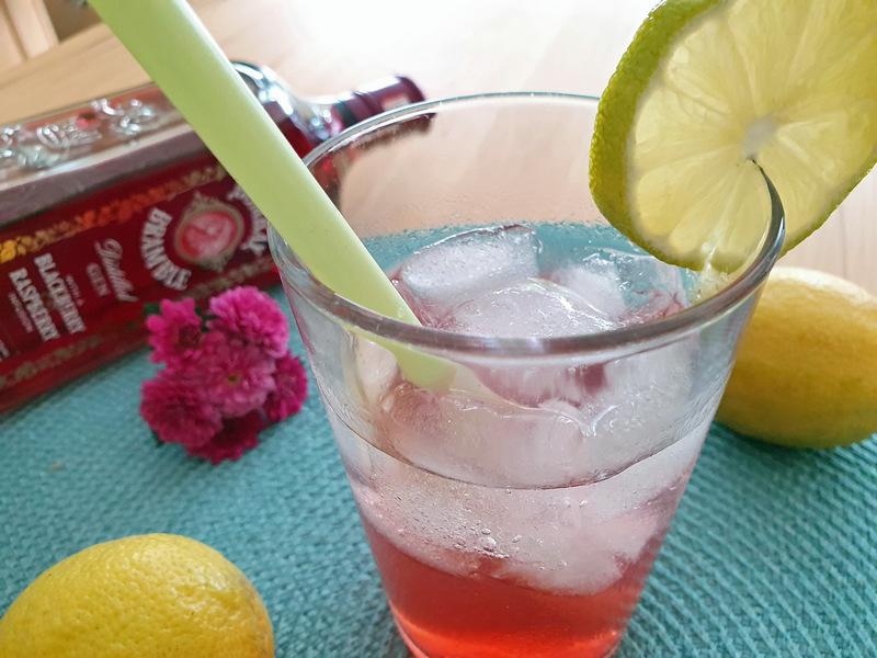Bombay Bramble Gin süß sauer